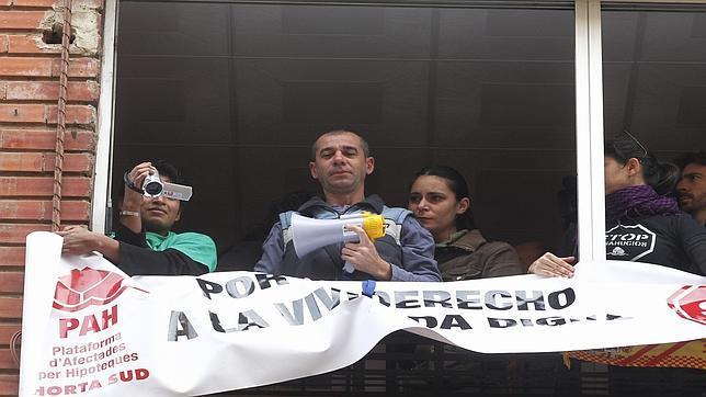El sabadell paraliza un desahucio en valencia for Oficinas sabadell cam en valencia