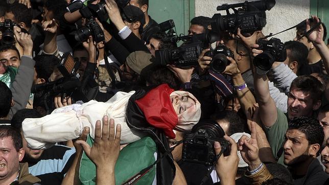 Luto, rabia y clamores de venganza en Gaza