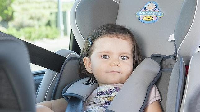 Diez consejos para un viaje seguro con un bebé a bordo