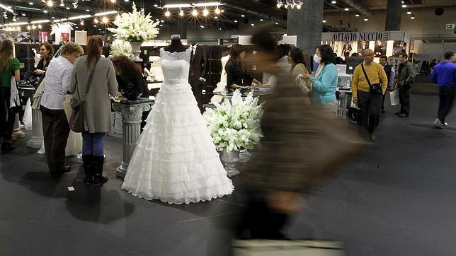 banquete de bodas con traje de novia incluido en el menú de 59 euros