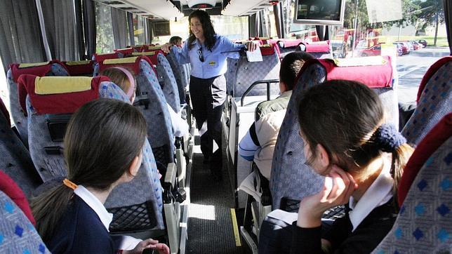 Los autobuses escolares parar n lunes y mi rcoles por la deuda del consell - Empresas de comedores escolares valencia ...