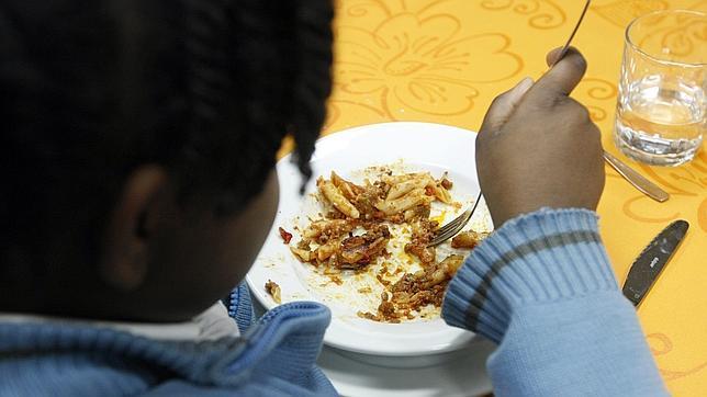La pobreza deja más niños en manos del Estado y llena los comedores ...