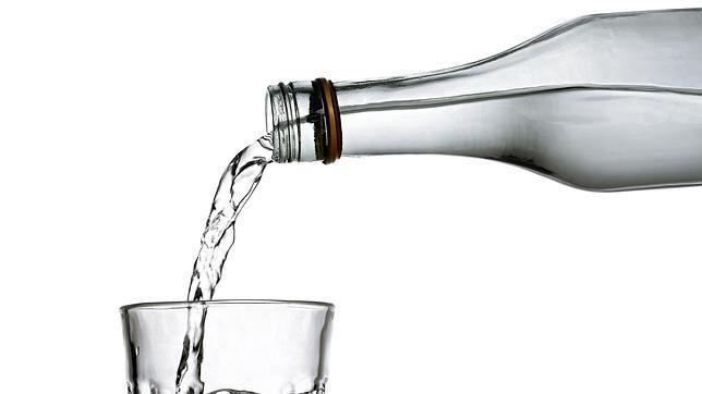 La botella que se llena de agua sola