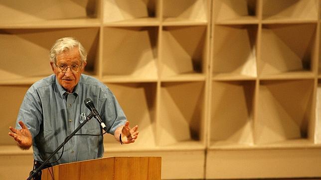 Ganadores del Nobel de la Paz y otros intelectuales piden boicotear militarmente a Israel