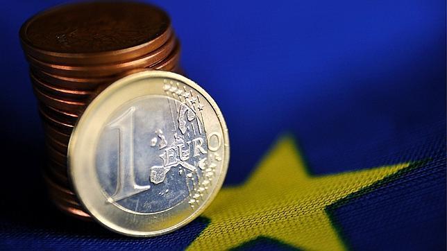 Fin a catorce meses consecutivos de fuga de capitales en España