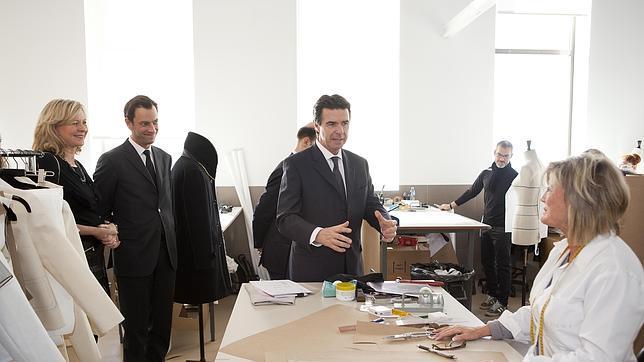 Loewe crear 180 empleos en getafe al ampliar su planta de for Oficina de correos getafe