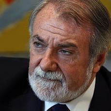 Jaime Mayor Oreja: «A Aznar le tendría que agradecer todos los días que escogiera otro sucesor» - ABC.es - jaime_mayor_oreja--229x229
