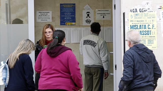 El supremo avala que se pueda salir del pa s hasta 90 d as for Oficina de extranjeros valencia