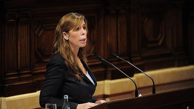 Proposición de Ley sobre reconocimiento de la catalanía (GPCC) Camacho-ines--644x362