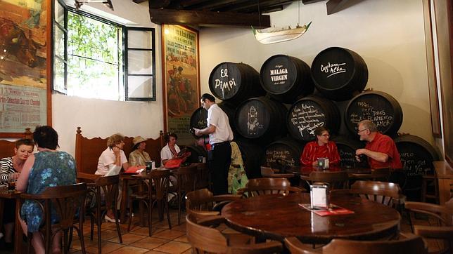 El local más típico de Málaga, la bodega El Pimpi