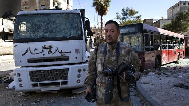 Un japonés aburrido de ser camionero se va de turista a la guerra siria