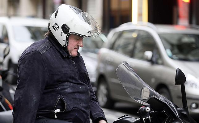 La conversación secreta entre Gérard Depardieu y François Hollande