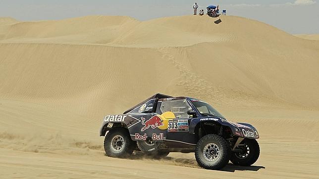 Sainz pierde el liderato en el Rally Dakar