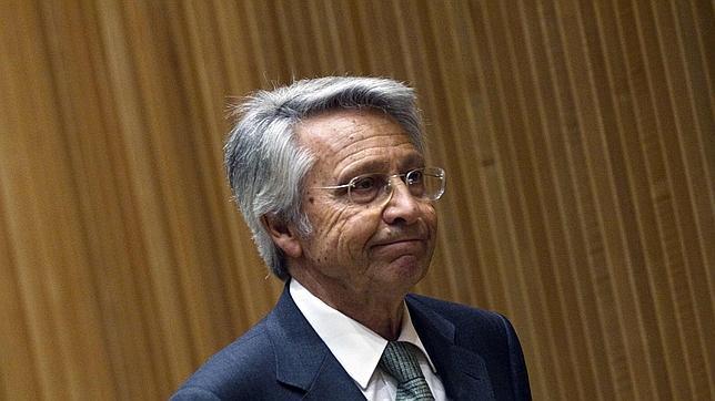 El juez embarga bienes de Julio Fernández Gayoso, expresidente de Novacaixagalicia