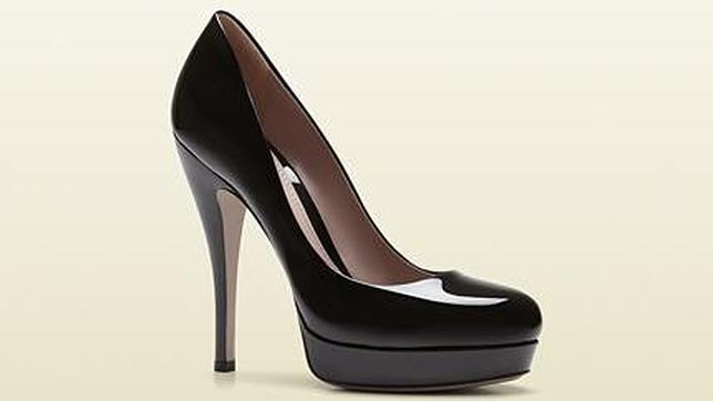 08411b79e03 Diez zapatos que no pueden faltar en el armario de toda mujer
