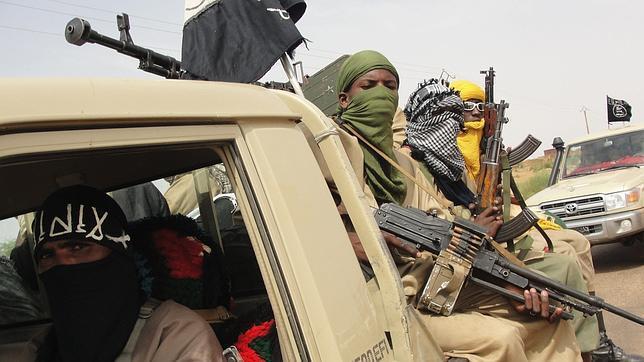Francia despliega tropas en Malí para combatir a los yihadistas