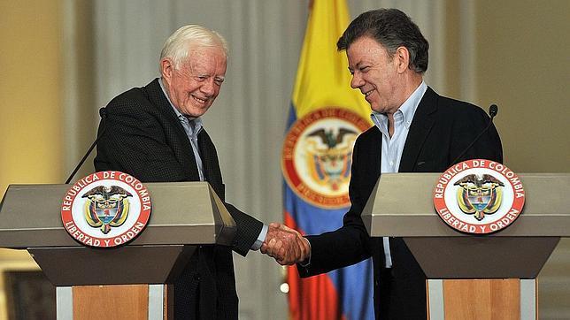 Santos confía en que «si Chávez se muere» Maduro apoye el proceso de paz
