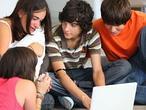 Los adolescentes españoles son los que más abusan de las redes sociales