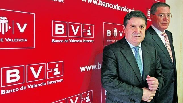 El banco de espa a abre expediente a la antigua c pula del for Banco abierto sabado madrid