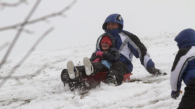 Alerta en 24 provincias por nevadas, viento y fenómenos costeros