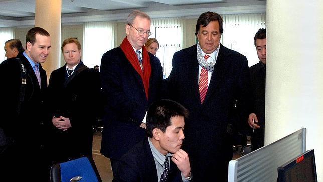 El extraño viaje de Eric Schmidt a Corea del Norte