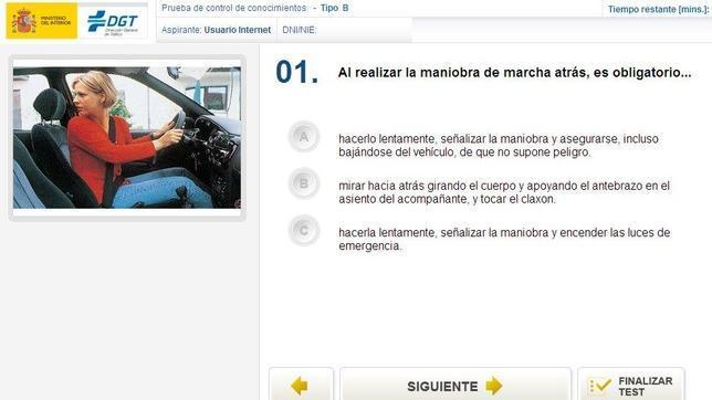 Comprueba si aprobarías el examen teórico de conducir