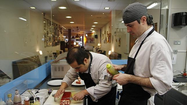 El men del ritz de par s desde 1898 for Muebles de cocina juan carlos madrid