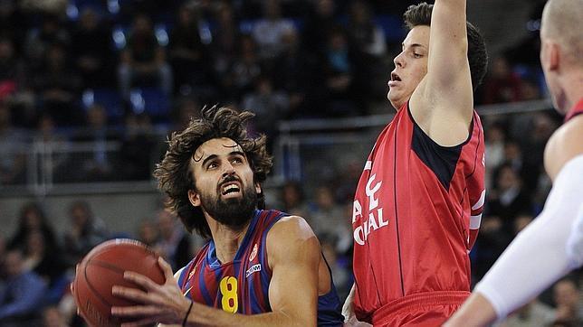 El Barça acaba con la racha del Caja Laboral de Tabak
