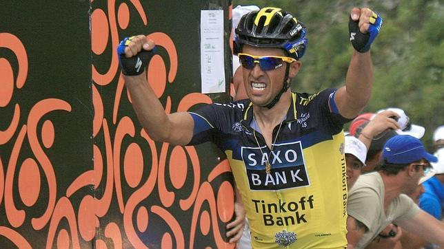 Contador se estrena