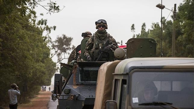 Los Ejércitos de Francia y de Malí toman el aeropuerto de Gao