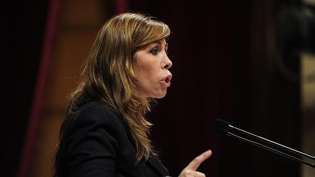 Camacho pide a CiU que asuma responsabilidades por la corrupción