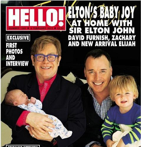 Elton John presenta a Elijah, su segundo hijo