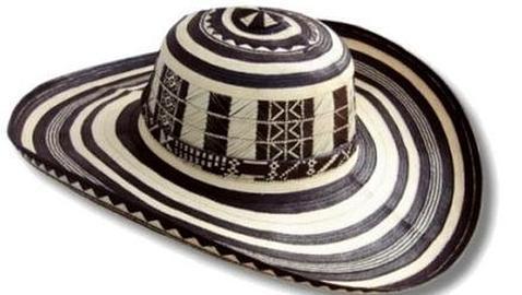Alarma en Colombia por la falsificación en China de sombreros vueltiaos