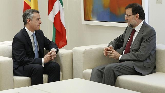 Urkullu pide a Rajoy una revisión del concierto vasco y la transferencia de competencias «pendientes»