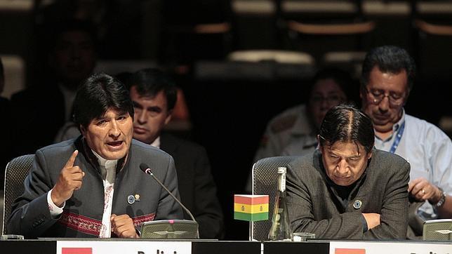 Bolivia amenaza con expropiar otra empresa española