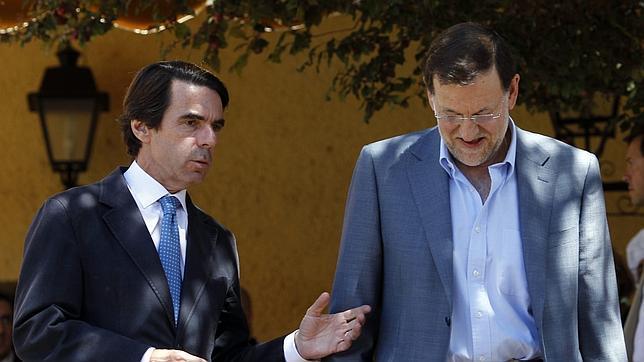 Aznar presenta una demanda de protección del derecho al honor contra «El País»
