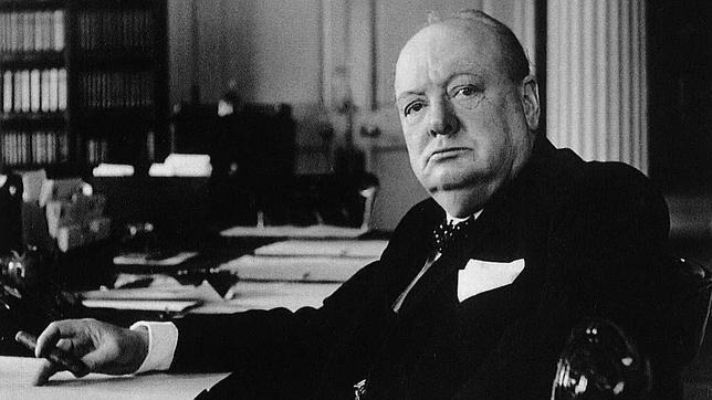 Encuentran una oda al Imperio de un joven poeta llamado Winston Churchill