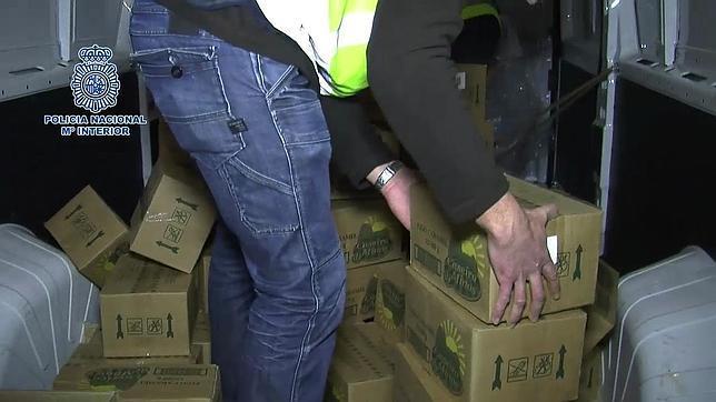 Cargamento con las conservas que contenían la droga