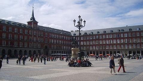 25 destinos low cost para disfrutar en semana santa for Sol plaza madrid