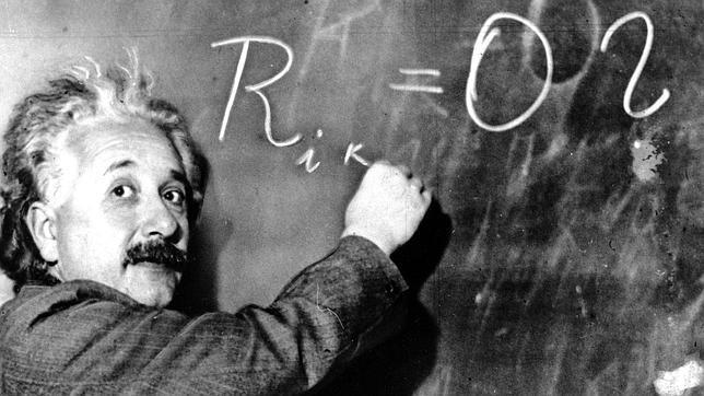 Un empujón a la teoría del todo de Einstein