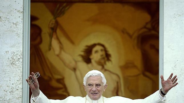 El Papa Benedicto XVI dejará el Pontificado el 28 de febrero a un sucesor más joven