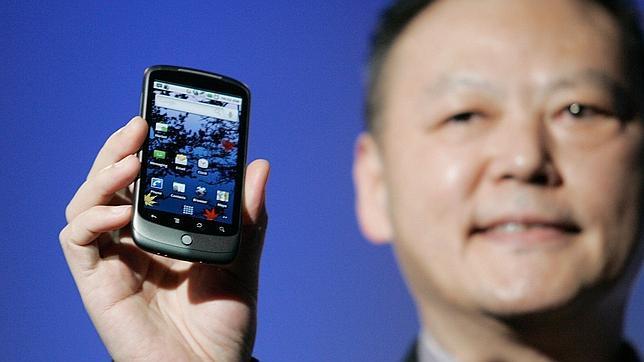 «Los usuarios de 'smartphones' son muy confiados»