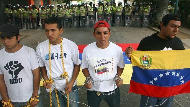 [Resuelto]LAS VERDADES, ESCONDIDADAS, EN CUANTO A LA MUERTE DEL LIDER CHAVEZ Caracas-protesta--644x362