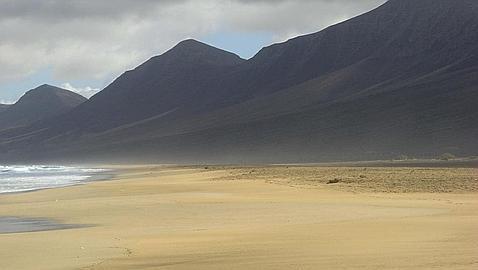 Las diez mejores playas de España, según los internautas Cofete-web--478x270