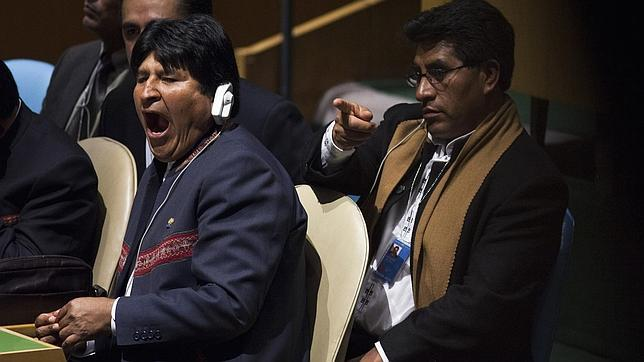Evo Morales ensalza la quinua frente a la «comida chatarra» del capitalismo