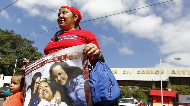 El Supremo firma el acta para la jura de Chávez sin haber visto al paciente