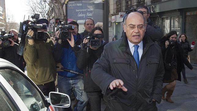 El juez ve «indicios de criminalidad» en los créditos de Blesa a Díaz Ferrán