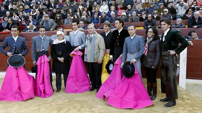 Lluvia de trofeos en el festival contra el cáncer en Murcia