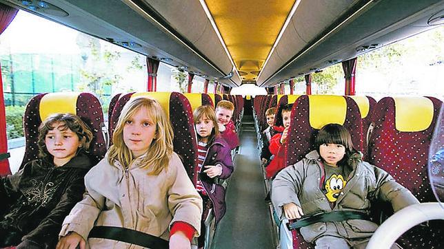 Solo un 38 % de los autobuses escolares dispone de cinturones de seguridad