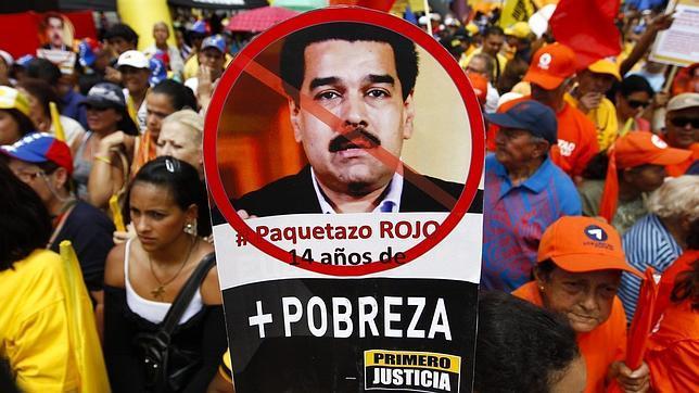 Chavistas y opositores luchan por unos comicios que todavía no se han convocado